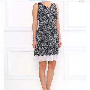 DKNY Sleeveless Pleated Dress Sz M NWT